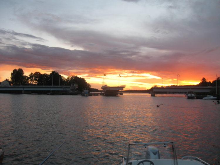 Vakantie Zweden Tips - Brug naar eiland Sela?n