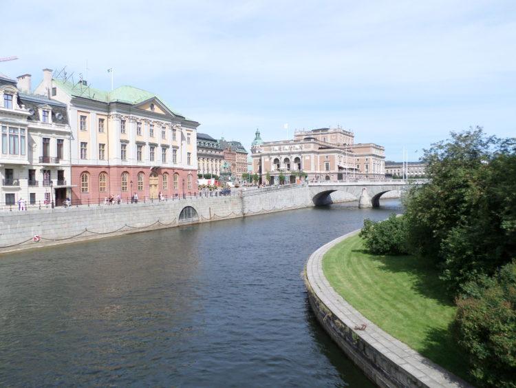 Vakantie Zweden Tips - Water en brug in Stockolm